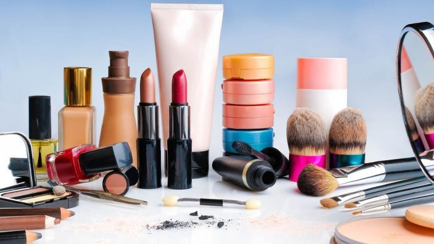 Best Makeup Products For Older Women